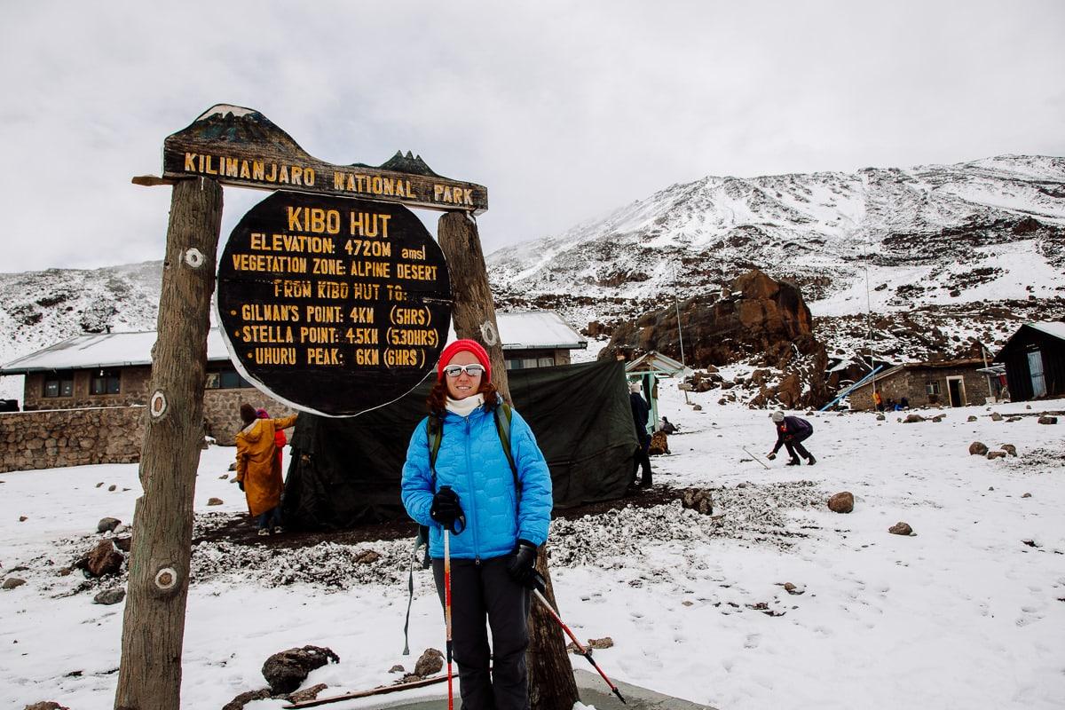 Día 4 | Third Cave (3800 mts)– Kibo Hut (4720 mts) | Kilimanjaro