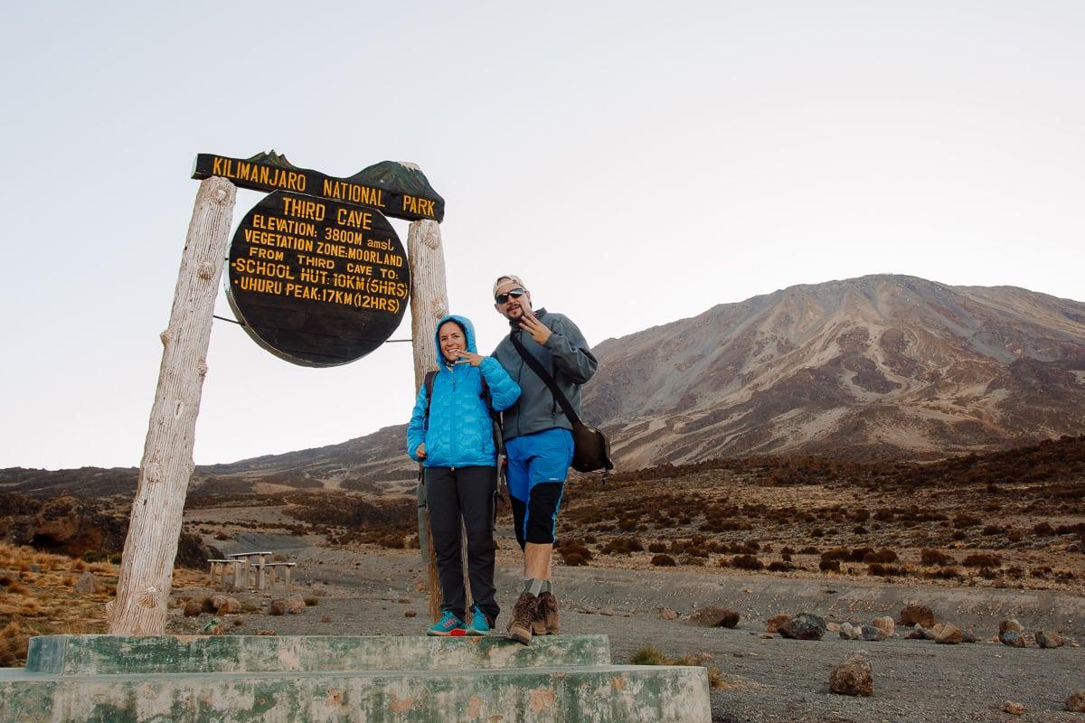 Día 3 | Second Cave (3450 mts) – Third Cave (3800 mts) | Kilimanjaro